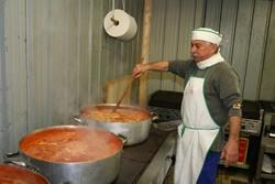 Preparazione delle pietanze alla Sagra della Seppia